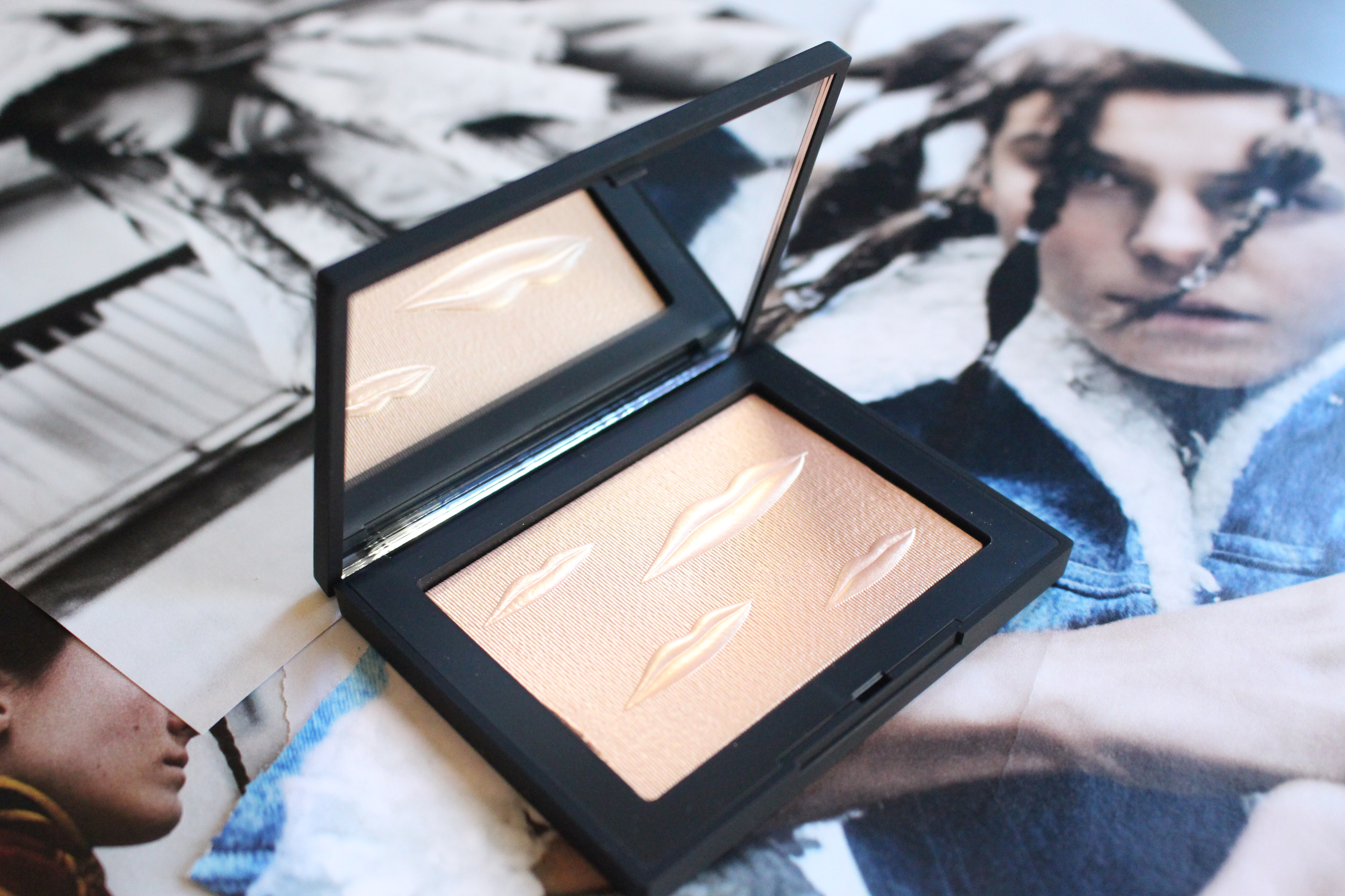 Man Ray for NARS Overexposed Glow Highlighter