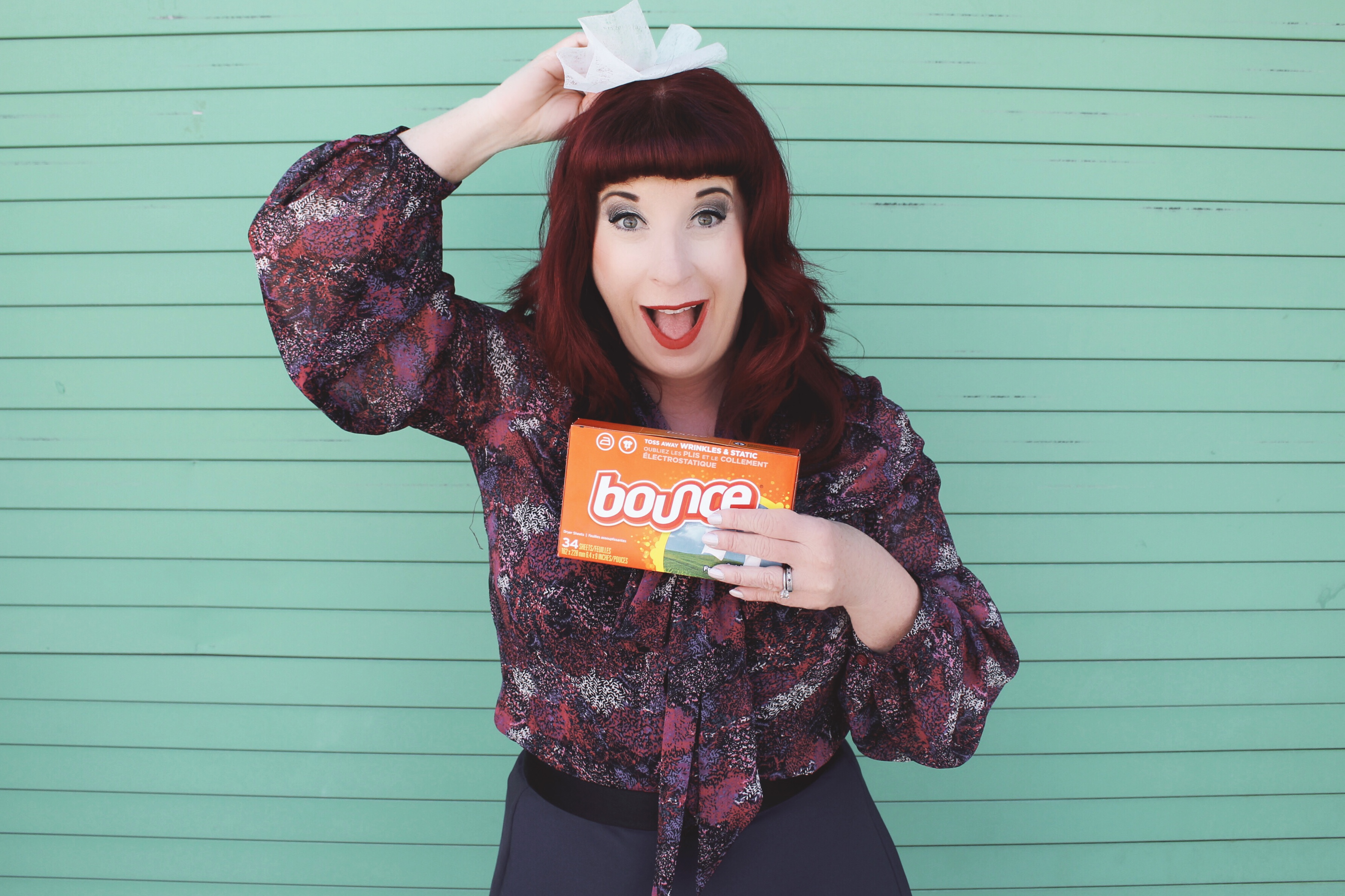 3 Reasons to Carry a Dryer Sheet in Your handbag